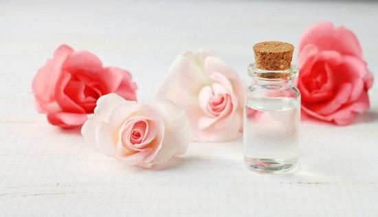وصفات طبيعية ـ ماء الورد