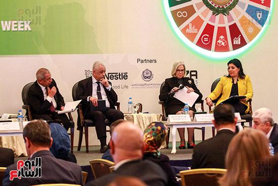 وزير التربية والتعليم بمؤتمر التنمية المستدامة (16)