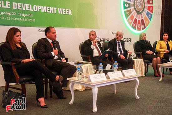 وزير التربية والتعليم بمؤتمر التنمية المستدامة (3)