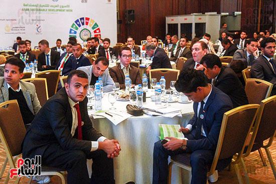 وزير التربية والتعليم بمؤتمر التنمية المستدامة (1)