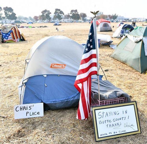 سكان كاليفورنيا فى المخيمات (5)