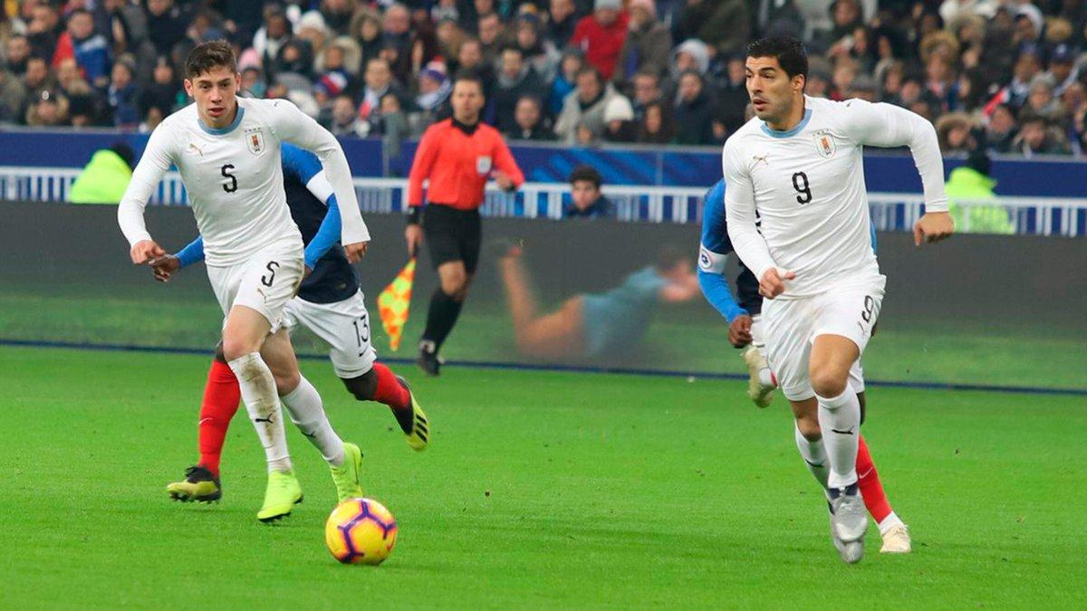 لويس سواريز الأسوأ في مباراة فرنسا ضد أوروجواي