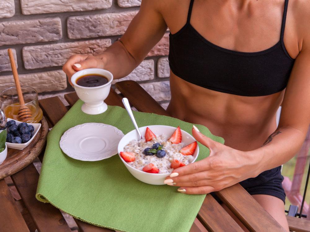 Strawberry regulate weight