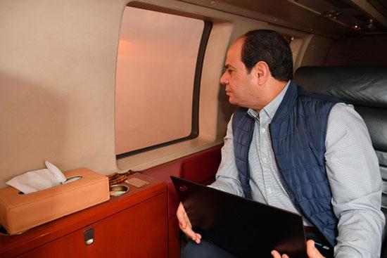 السيسى يتفقد مشروع أنفاق قناة السويس شمال الإسماعيلية (4)
