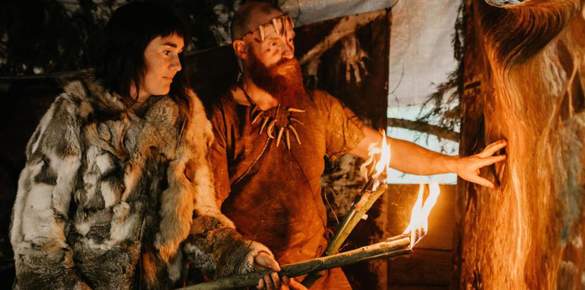 d6a05aa8ac95b حكاية أول موضة عرفتها الإنسانية.. عمرها 5 آلاف سنة ولا يرتديها إلا ...