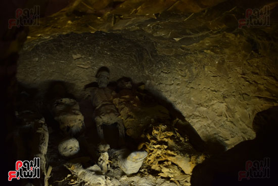 وزير الآثار يعلن اكتشاف مقبرة ثاو آر خت إف بالأقصر (16)