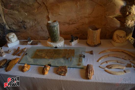 وزير الآثار يعلن اكتشاف مقبرة ثاو آر خت إف بالأقصر (26)