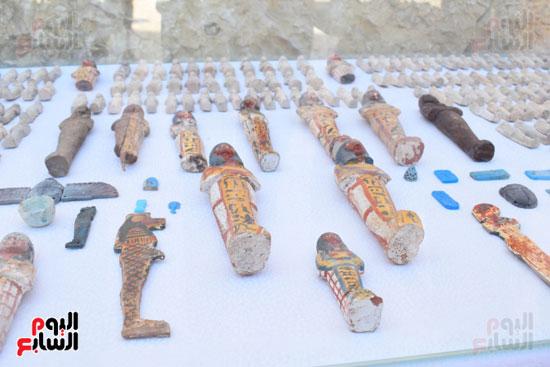 وزير الآثار يعلن اكتشاف مقبرة ثاو آر خت إف بالأقصر (27)