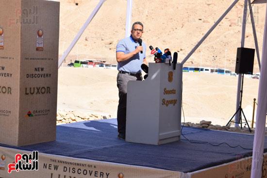 وزير الآثار يعلن اكتشاف مقبرة ثاو آر خت إف بالأقصر (3)