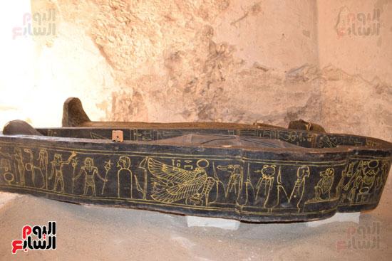 وزير الآثار يعلن اكتشاف مقبرة ثاو آر خت إف بالأقصر (34)