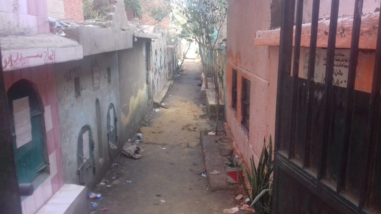 مقابر قرية منطى  (4)