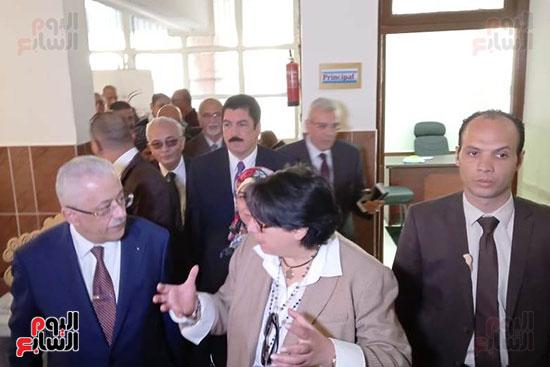 وزير-التعليم-يفتتح-المدرسة-الدولية-بالعبور-(11)