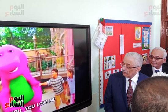 وزير-التعليم-يفتتح-المدرسة-الدولية-بالعبور-(14)