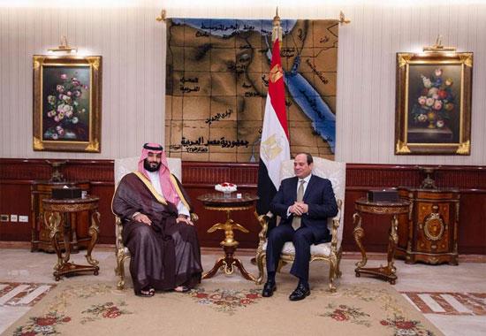 الرئيس السيسى يستقبل ولى العهد السعودى فى مطار القاهرة (5)