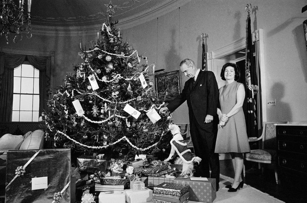 ليندون بى جونسون مع زوجته بيرد فى كريسماس 1967