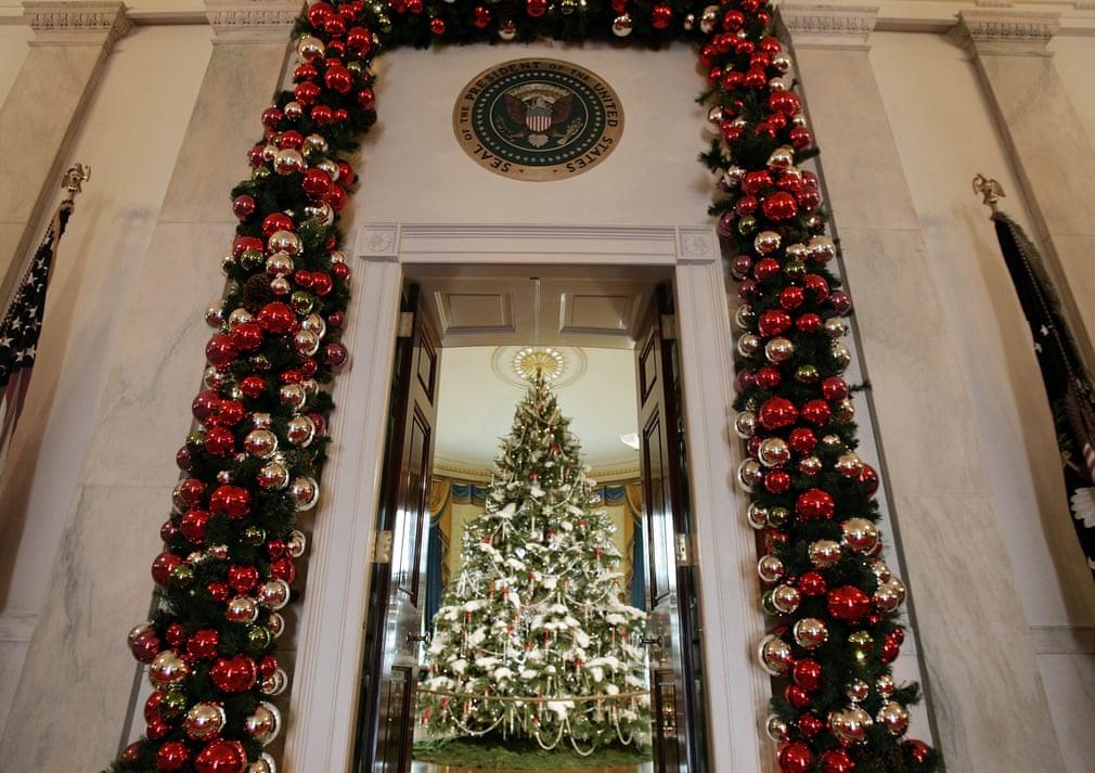 ديكور البيت الأبيض فى كريسماس 2006