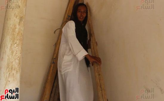 مروة-أول-فتاة-تعمل-علي-تروسيكل-بالأقصر-(8)