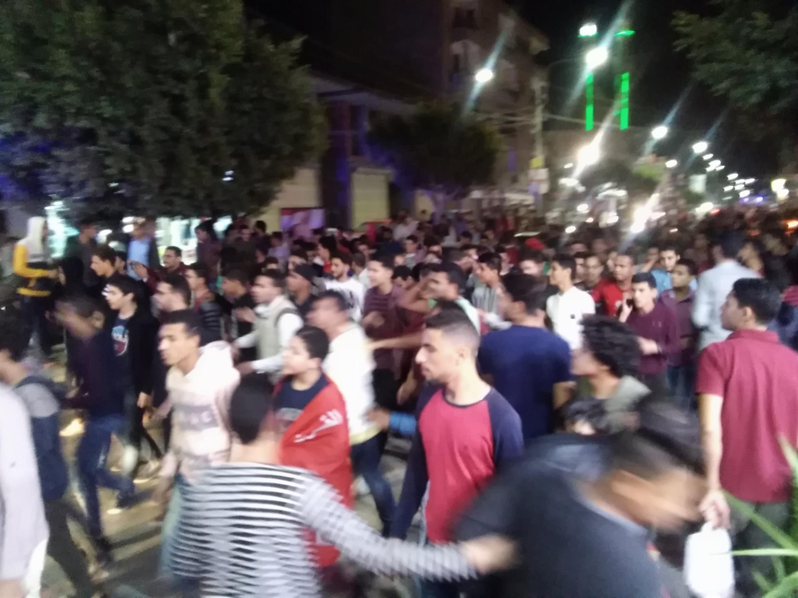 جماهير الأهلى بكفرالشيخ يملأون الشوارع (1)