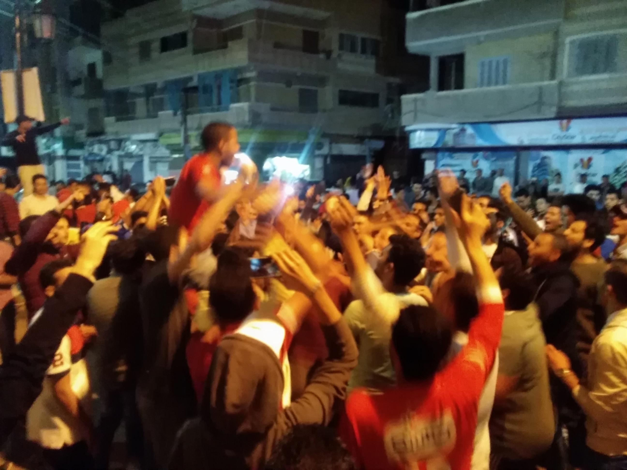 جماهير الأهلى بكفرالشيخ يملأون الشوارع (5)