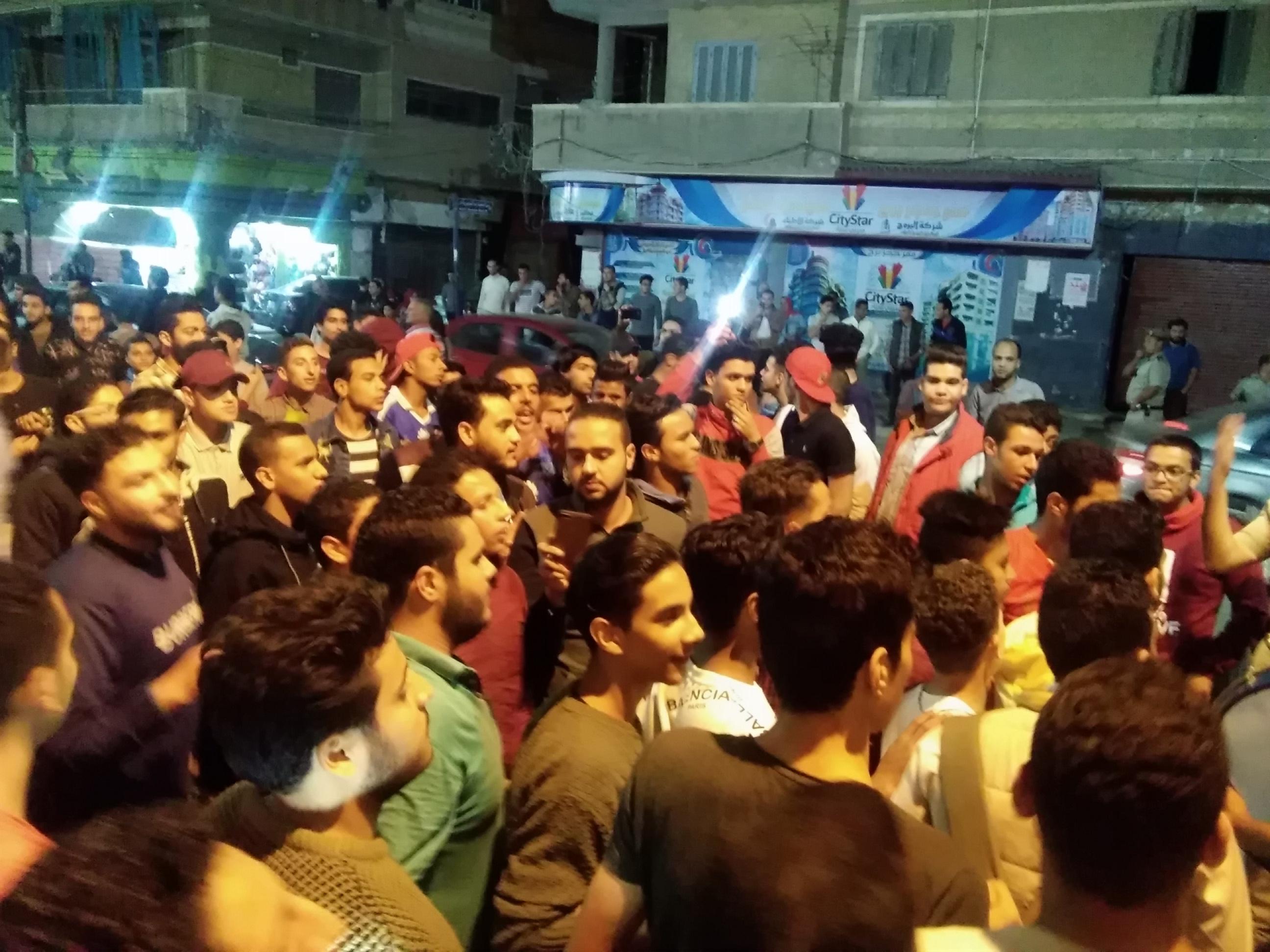 جماهير الأهلى بكفرالشيخ يملأون الشوارع (9)