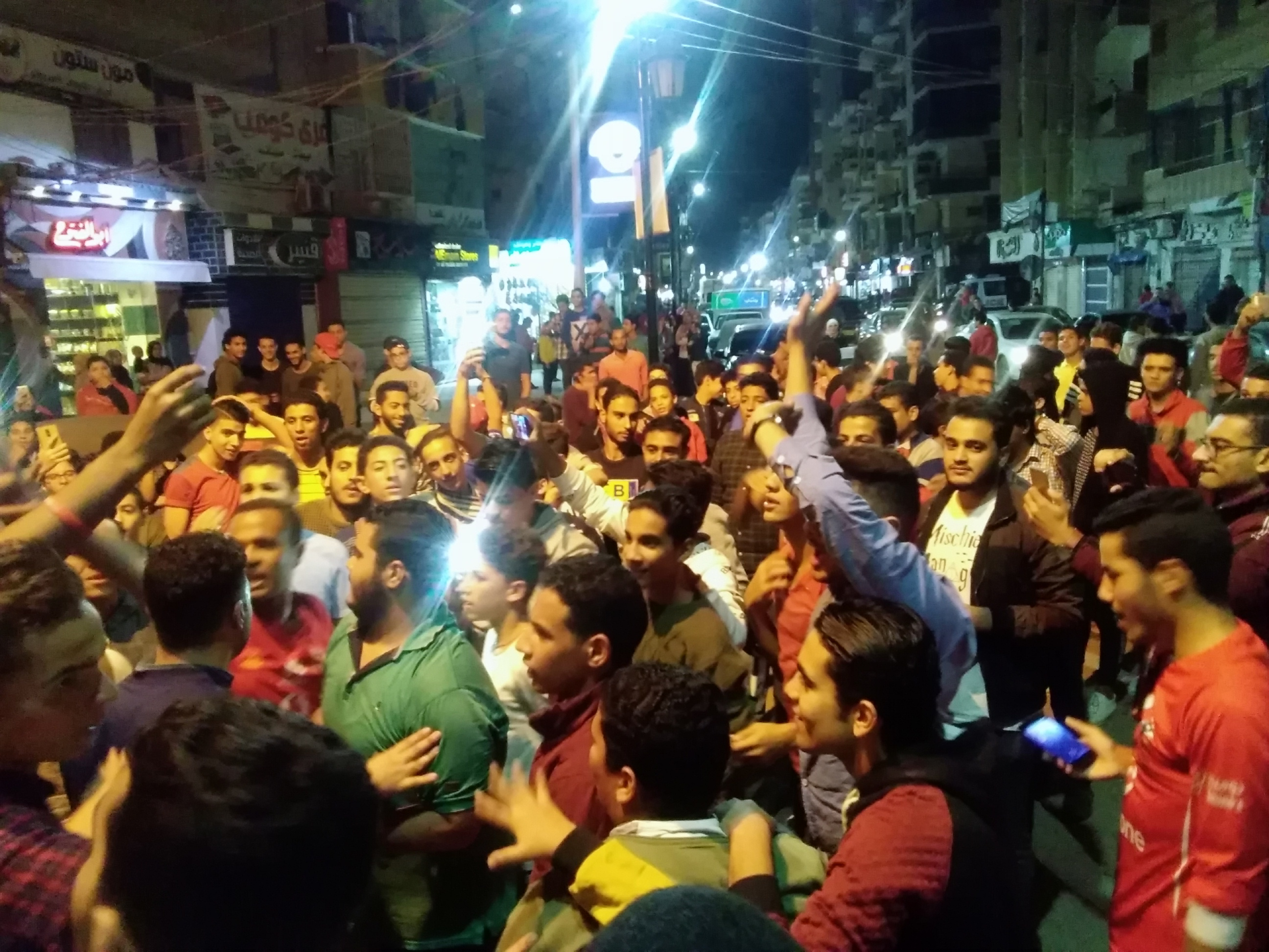 جماهير الأهلى بكفرالشيخ يملأون الشوارع (12)