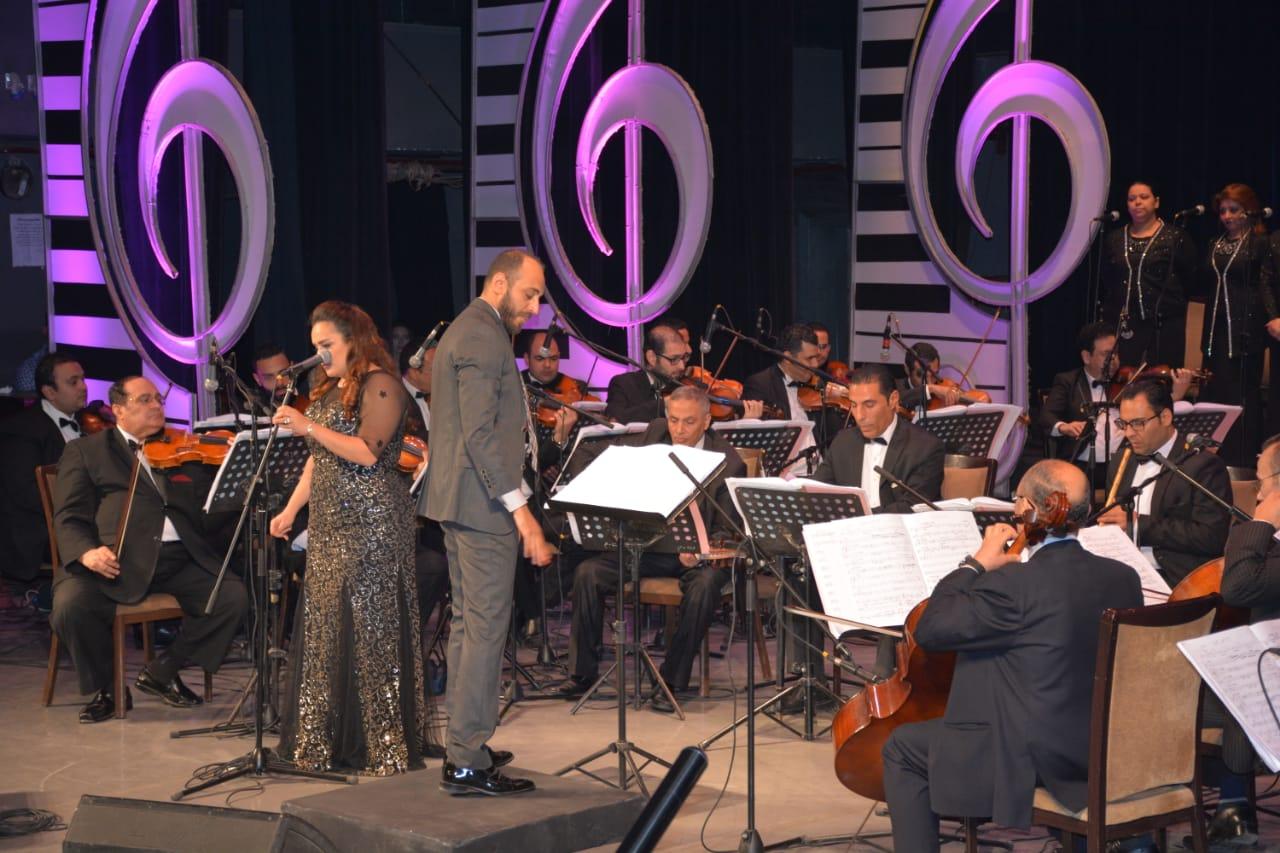 محمد ثروت يفتتح حفلات مهرجان الموسيقى العربية (8)