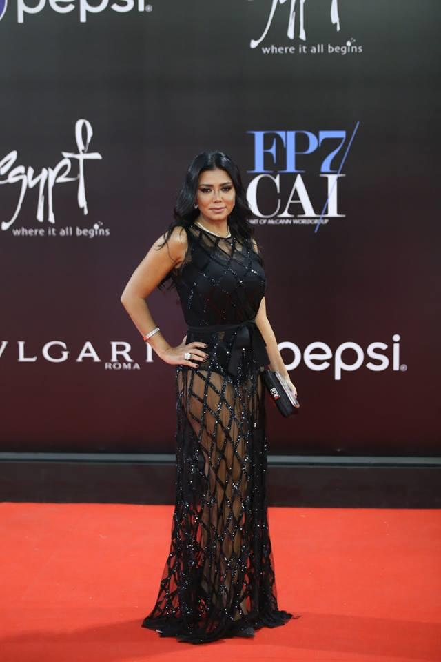 f4ed852f212c6 بعد فستان رانيا يوسف.. 6 فنانات أثرن الجدل بإطلالاتهن على السجادة ...