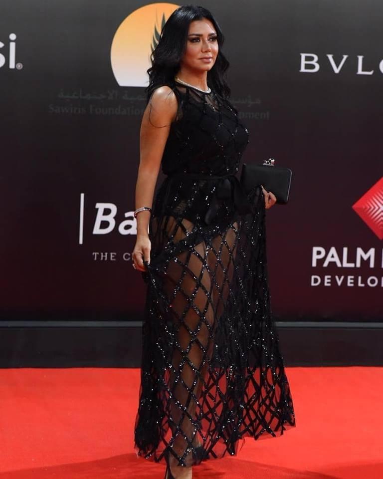 فستان رانيا يوسف1