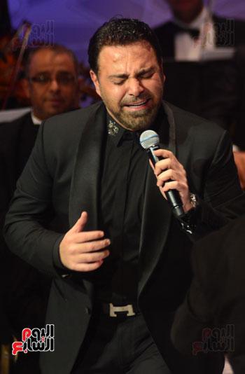 صور عاصي الحلاني يتألق في ثالث فعاليات مهرجان الموسيقي  (31)
