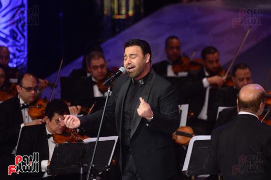 صور عاصي الحلاني يتألق في ثالث فعاليات مهرجان الموسيقي  (6)