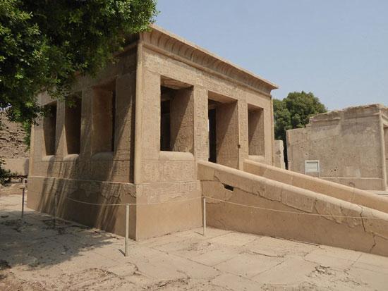المتحف-المفتوح-بمعابد-الكرنك-خطوة-مميزة-لوزارة-الآثار-لحماية-المقصورات-والقطع-(9)