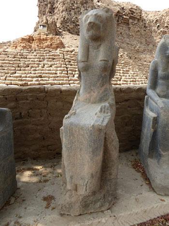 المتحف-المفتوح-بمعابد-الكرنك-خطوة-مميزة-لوزارة-الآثار-لحماية-المقصورات-والقطع-(8)