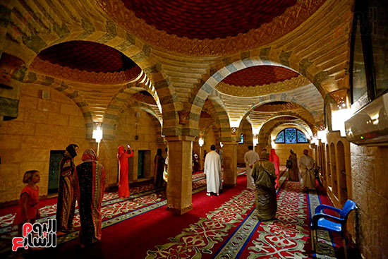 جولة-سياحية-داخل-مسجد-الصحابة