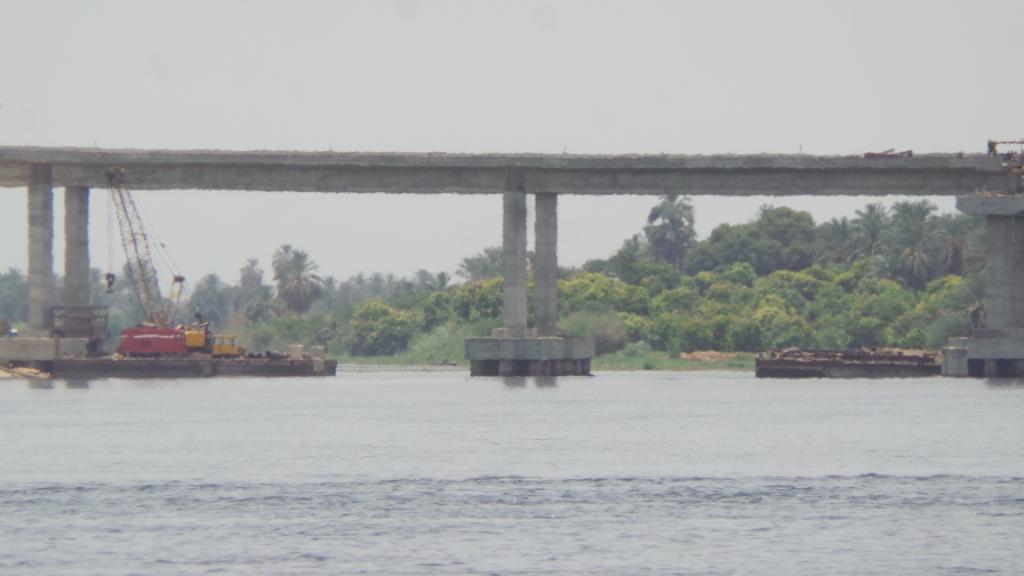 الكوبرى أعلى النيل