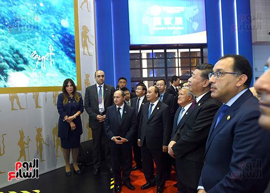 مصطفى مدبولى يفتتح الجناح المصرى بمعرض الصين الدولى للواردات بشنغهاى (6)