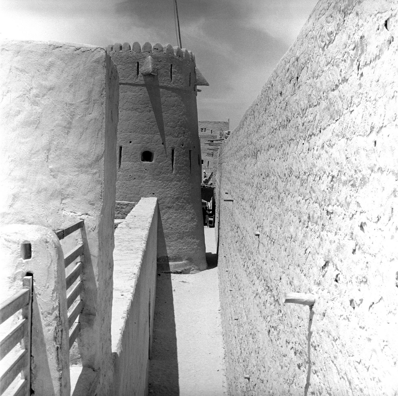 صورة أرشيفية لبرج المراقبة تعود للعام 1939