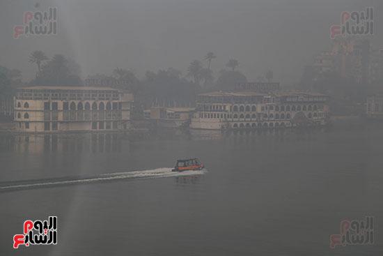 صور شبورة كثيفة تغطى سماء القاهرة والجيزة (2)