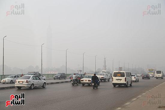 صور شبورة كثيفة تغطى سماء القاهرة والجيزة (4)