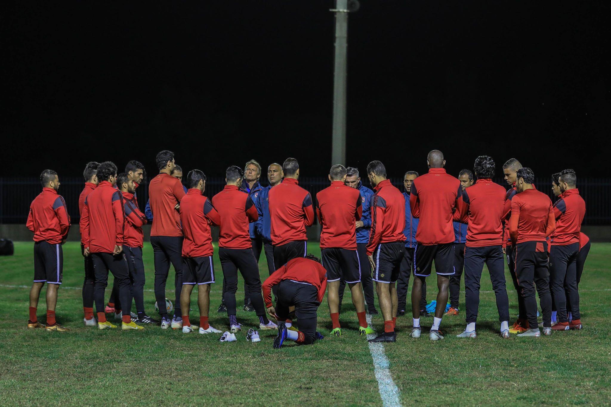 اول مران للأهليفي تونس (2)
