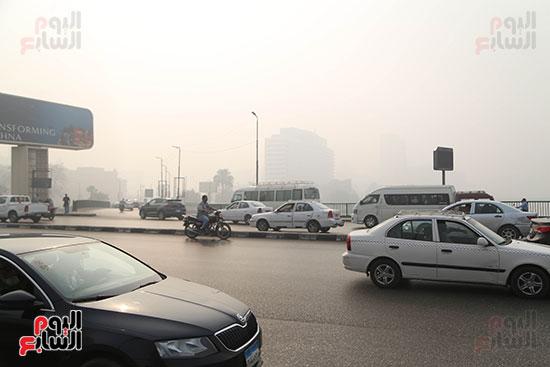 صور شبورة كثيفة تغطى سماء القاهرة والجيزة (6)
