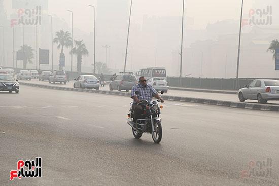 صور شبورة كثيفة تغطى سماء القاهرة والجيزة (5)