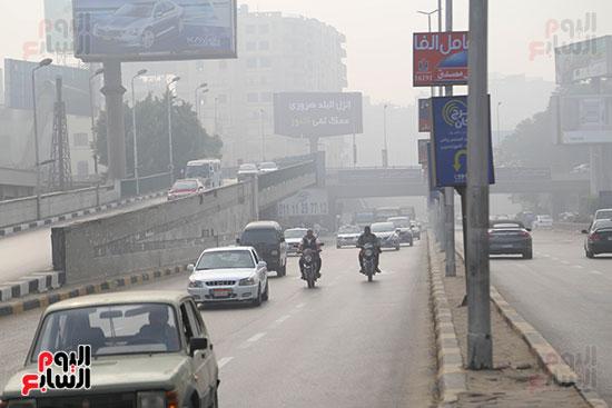 صور شبورة كثيفة تغطى سماء القاهرة والجيزة (10)
