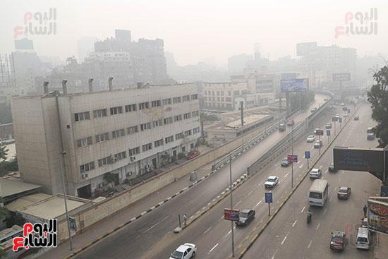 صور شبورة كثيفة تغطى سماء القاهرة والجيزة (11)