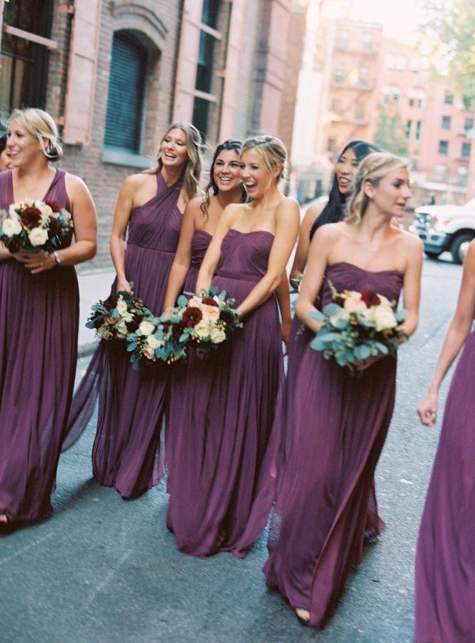 وصيفات العروس الموف