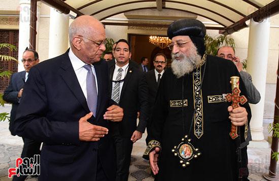 رئيس مجلس النواب يعزى البابا تواضروس (14)