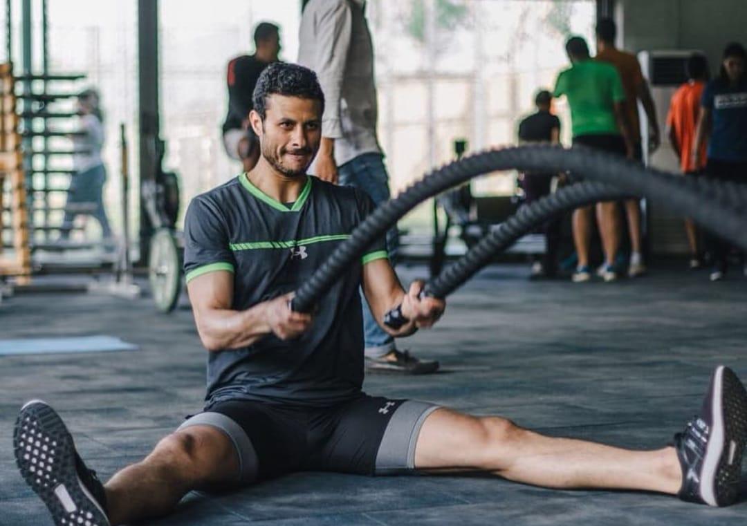 محمد الشناوى فى تدريبات بالجيم