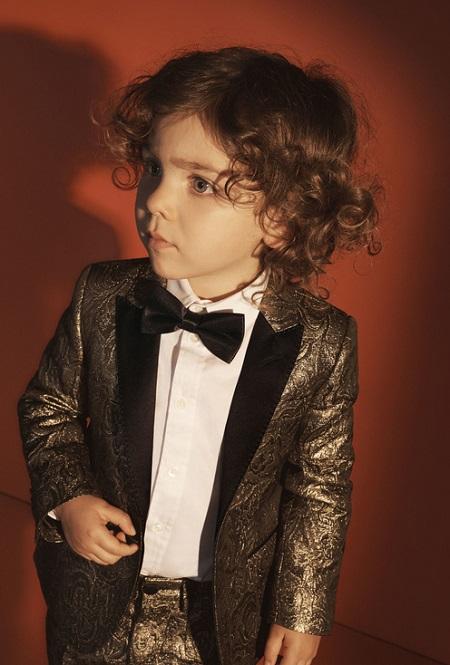 بدلة توكسيدو مميزة للأطفال