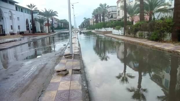 الأمطار تغرق شوارع رأس البر (2)
