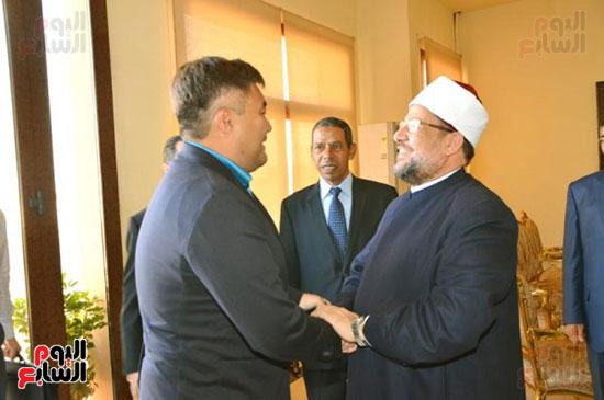42589-الوفد-الكازخى-لمصر-بحضور-وزير-الأوقاف-(1)