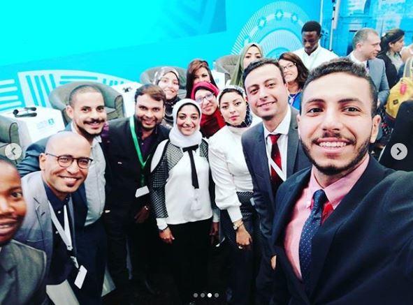 كومار مع شباب المنتدى قبل مغادرة شرم الشيخ (4)